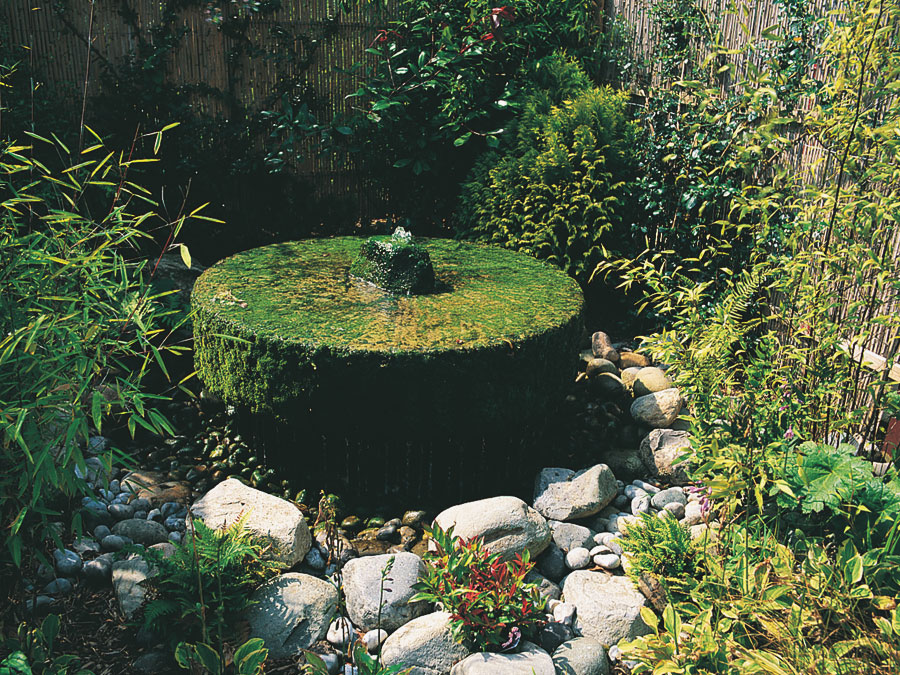 Mill-Stone-Water-Feature-in-moira